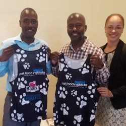Pet Food Institute Rewards Miracle Mott in BAARK's Powerade Potcakeman Triathlon