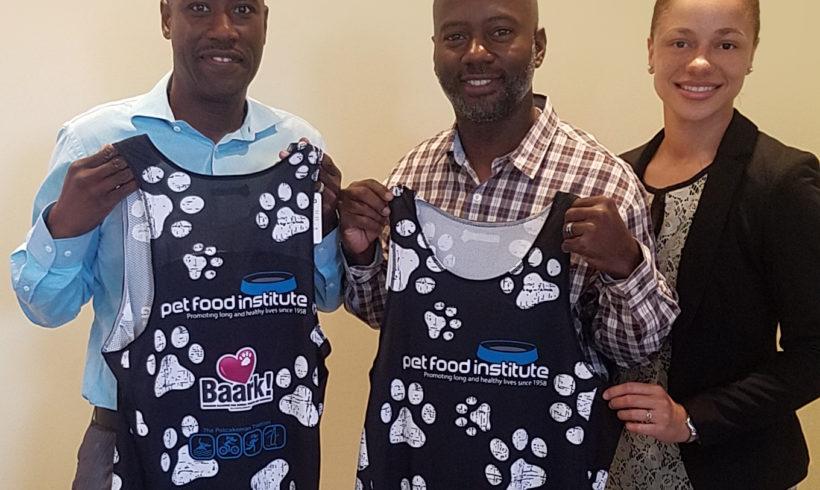 Pet Food Institute Rewards Miracle Mott in BAARK's Powerade Potcakeman Triathlon